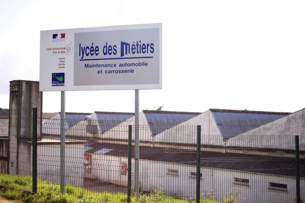 Lycée des Métiers - rue de Logodec