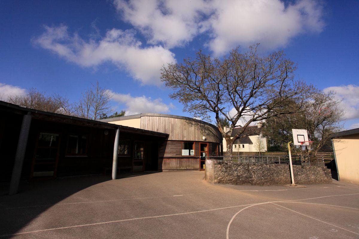 Ecole élémentaire Josette et Jean Cornec - rue Albert Louppe