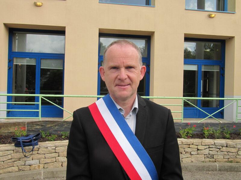 Le Maire, Pascal PRIGENT.